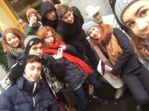 2015akgszulinap-selfie04